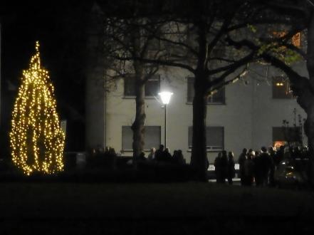 Weihnachtsbaum auf dem Kurhessenplatz